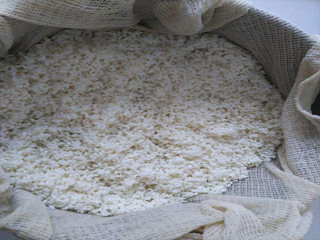お米を蒸す1