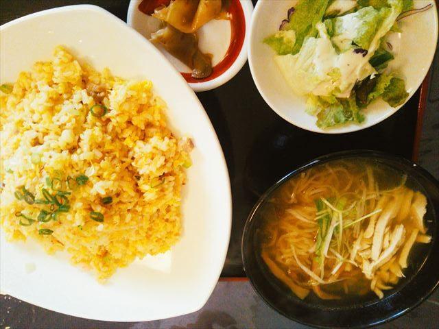 麺とチャーハンセット
