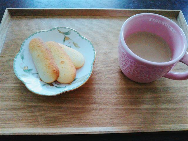 ラングドシャとコーヒー