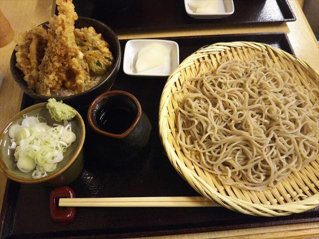 ミニ丼蕎麦